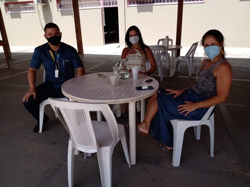 ACEAP recepciona a Loja Zema em Além Paraíba